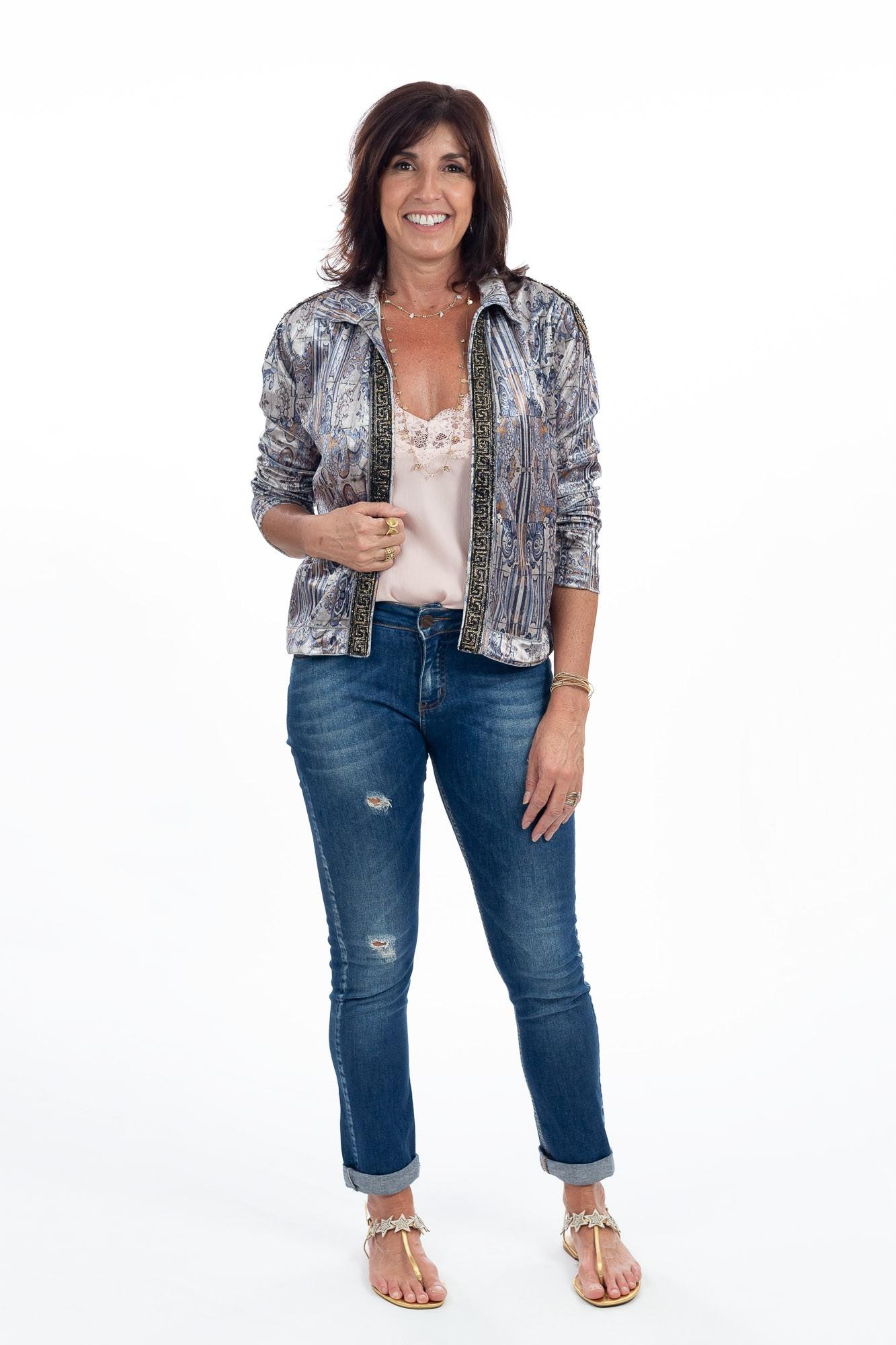 Casaqueto veludo detalhe bordado Daniella Martins tam 38