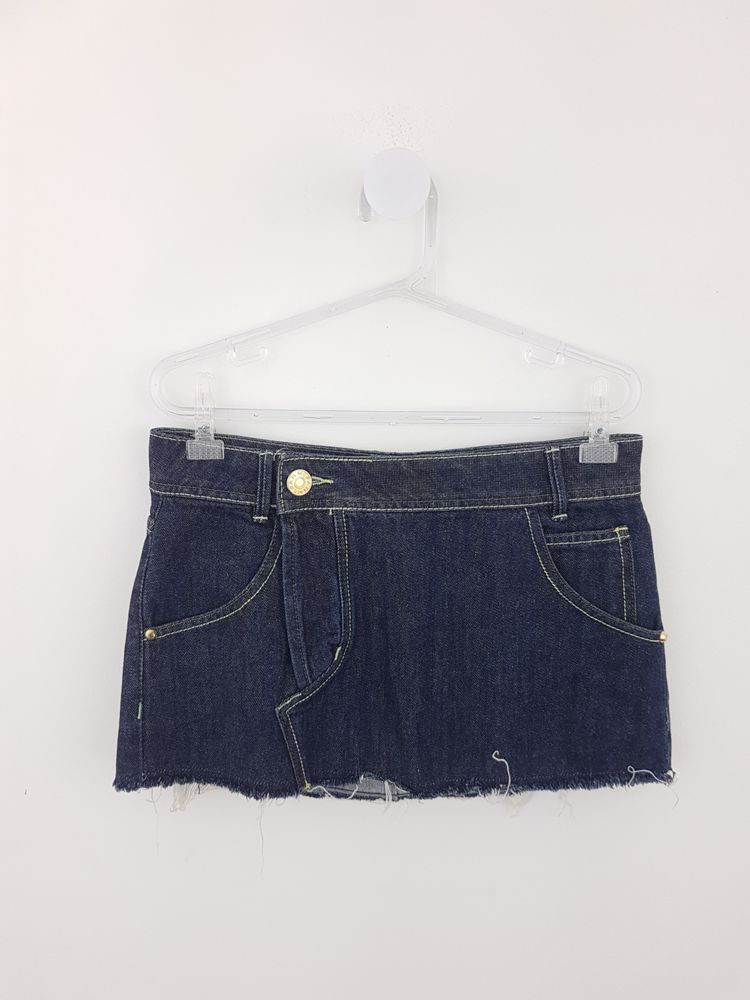 Saia jeans barra desfiada Farm tam P