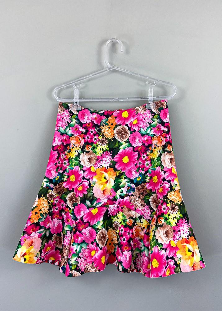 Saia neoprene estampa floral Basic Collection tam P