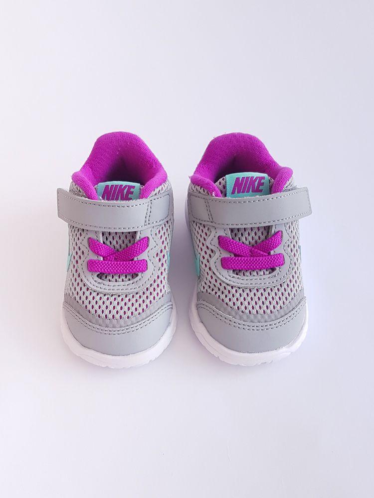 Tênis cinza forro roxo velcro Nike tam 13
