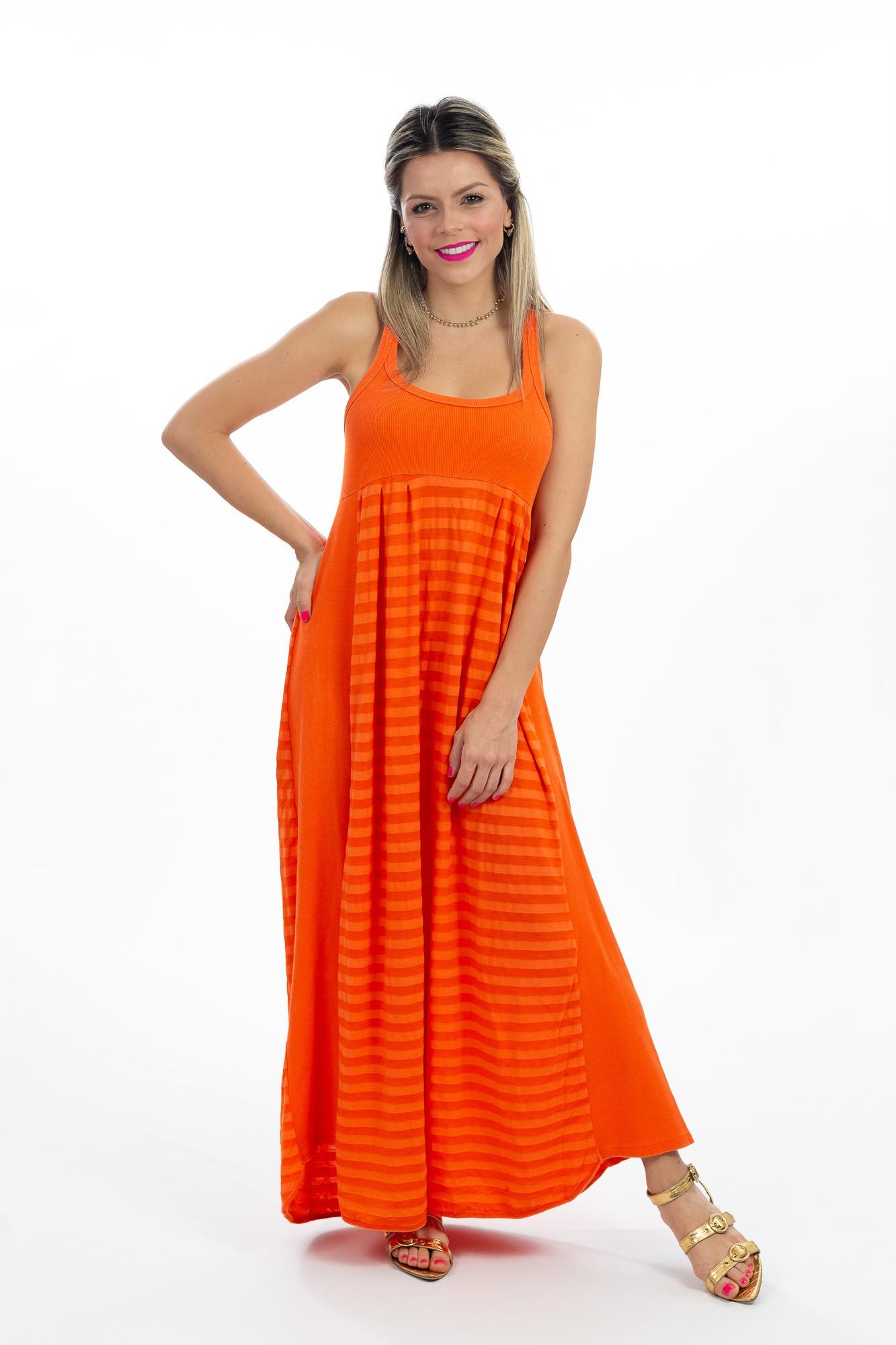 Vestido longo laranja detalhe faixas Farm tam P