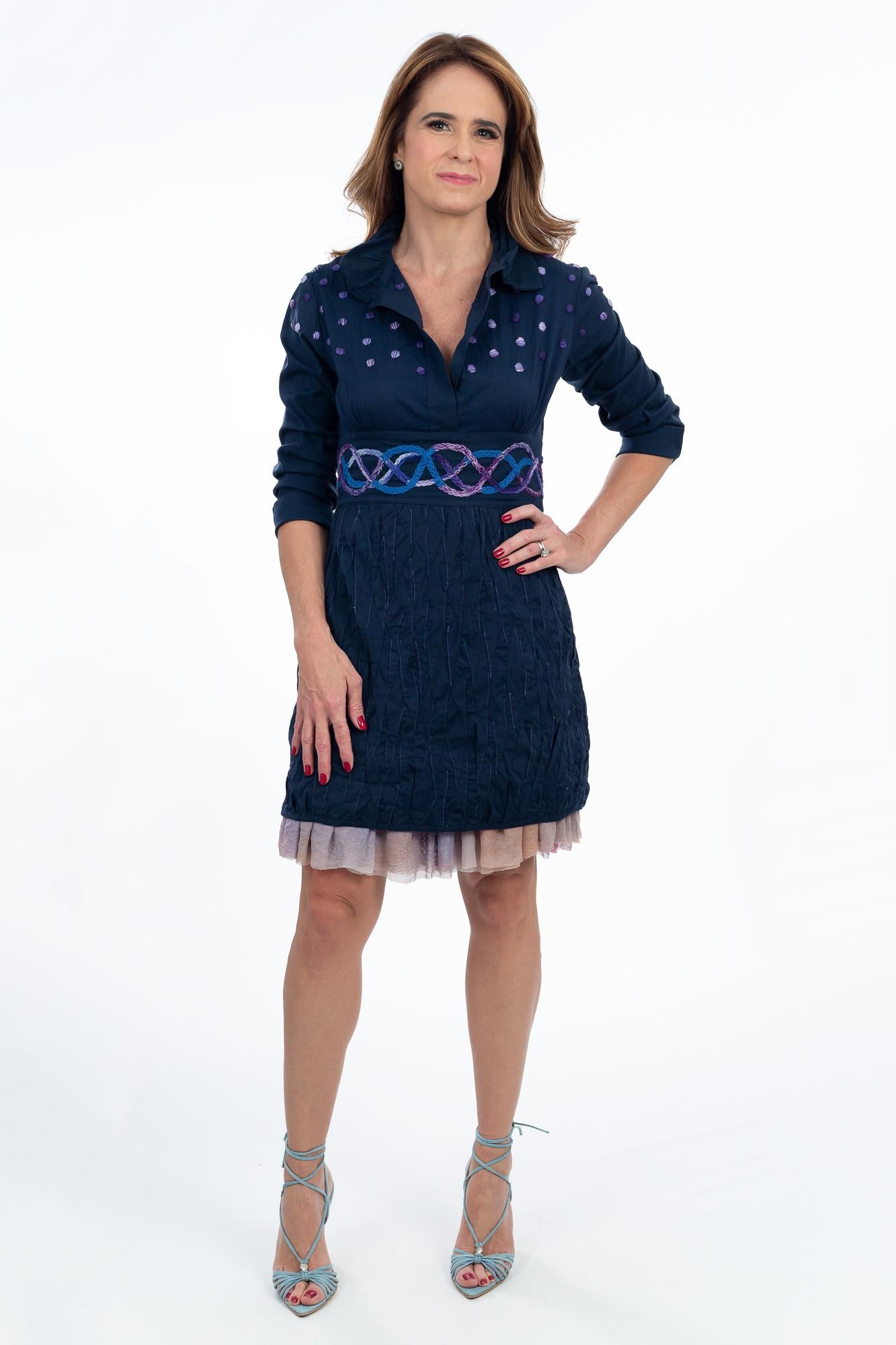 Vestido marinho bordado azul e lilás Daniela Martins tam 38