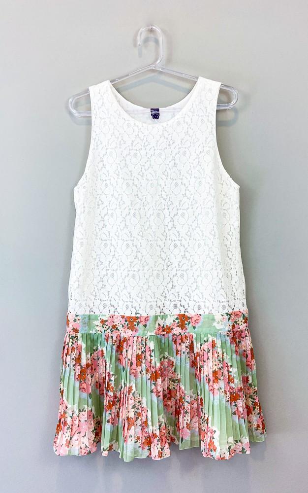 Vestido renda off white saia plissada Farm tam M