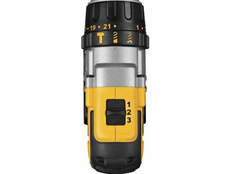 Furadeira Parafusadeira A Bateria 1/2 20V DEWALT DCD985L2