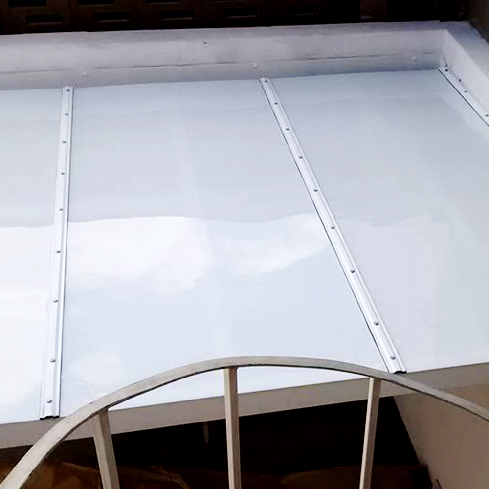 Chapa policarbonato compacto branco 2mmx2000mmx3000mm