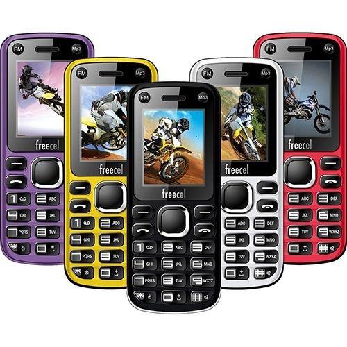 Celular Desbloqueado Freecel Free Cross Amarelo Dual Chip, Tela de 1.7?, Câmera VGA, Bluetooth, MP3 e Rádio FM