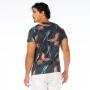 Camiseta Básica Adulto Araras em Fundo Geométrico