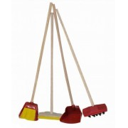 Brinquedo de Madeira Brincando de Casinha Kit Limpeza, vassoura, rodo, pa e escovao