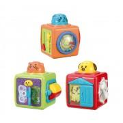Brinquedo de Tecido Trio de Blocos com Atividades