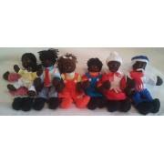Brinquedo Educativo Conjunto de Bonecos Família Negra