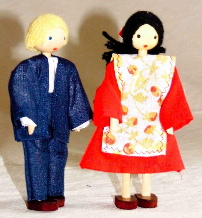Bonecos de Madeira Miniatura para Casinha de Boneca Kit Bonecos Adultos