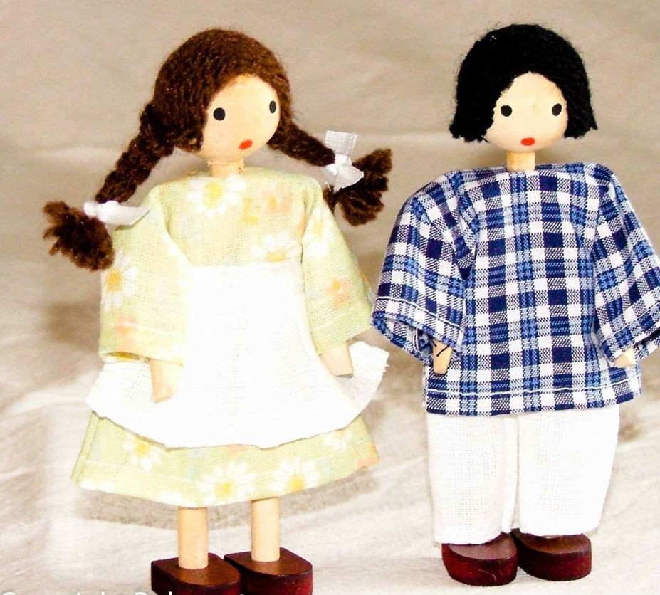 Bonecos de Madeira Miniatura para Casinha de Boneca  Kit Bonecos Crianças