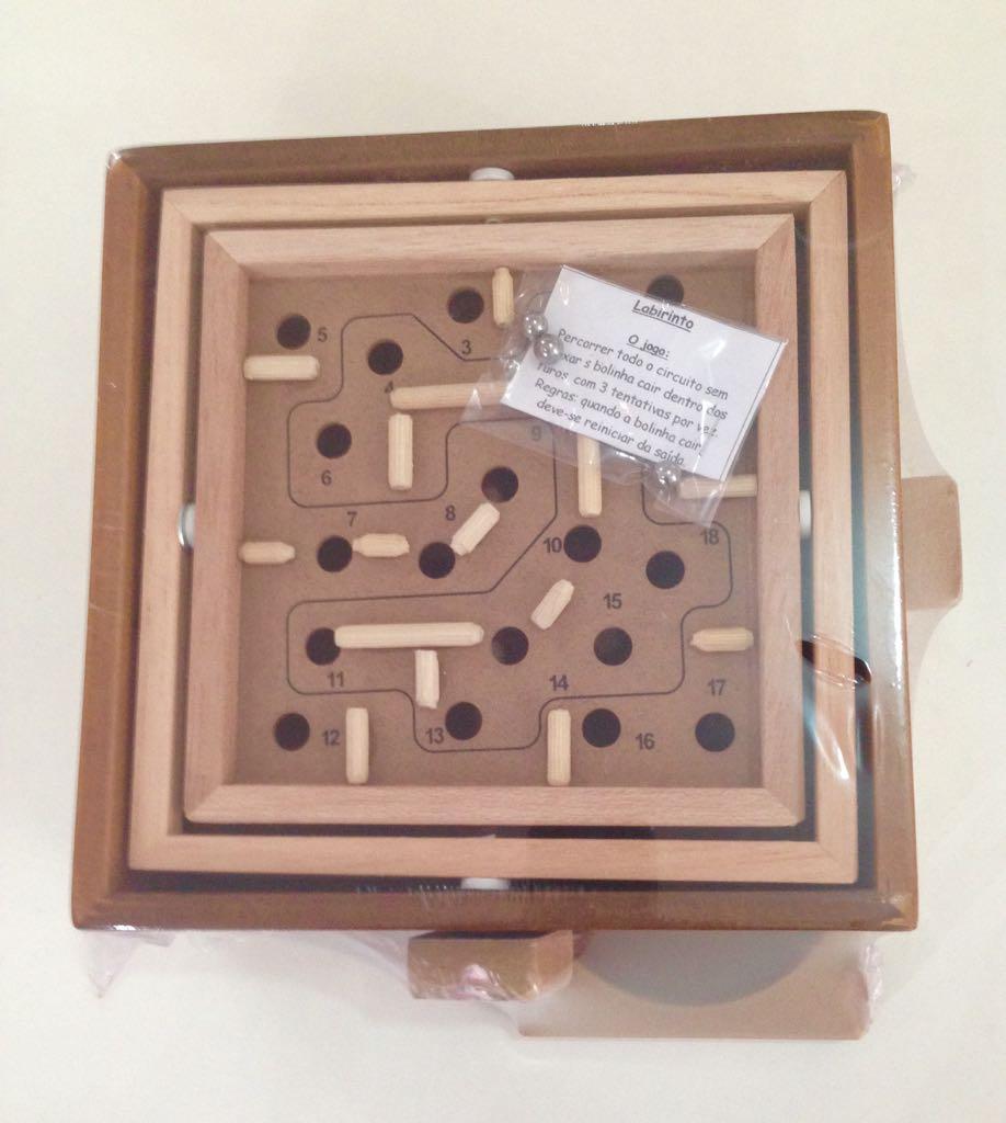 Brinquedo de Madeira Desafio Labirinto P