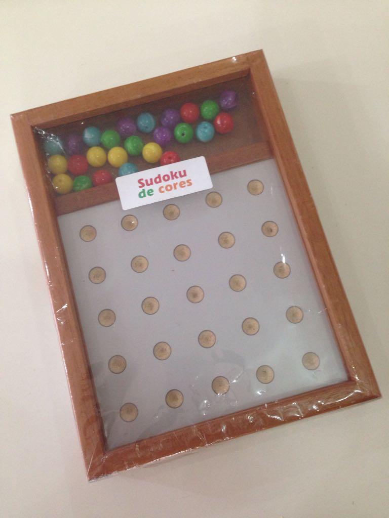 Brinquedo de Madeira Jogo Sudoku de Cores