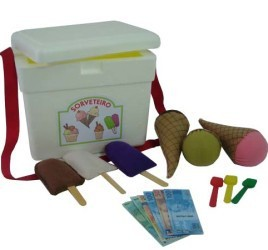 Brinquedo de Pano Sorveteiro de Isopor com Picolés e Sorvetes em Feltro