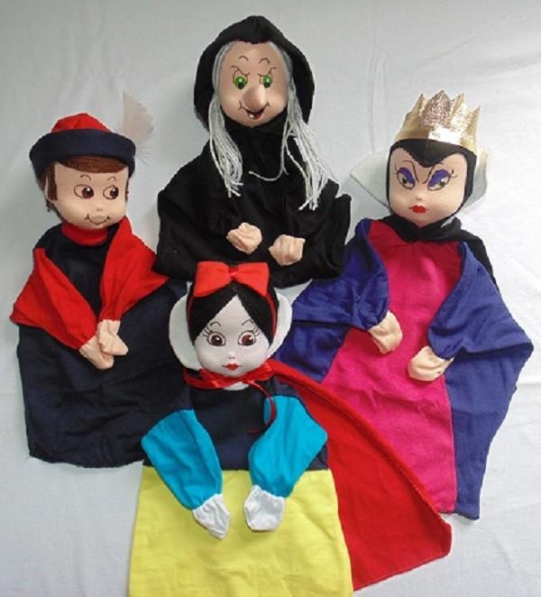 Brinquedo Educativo Conjunto de Fantoches Branca de Neve