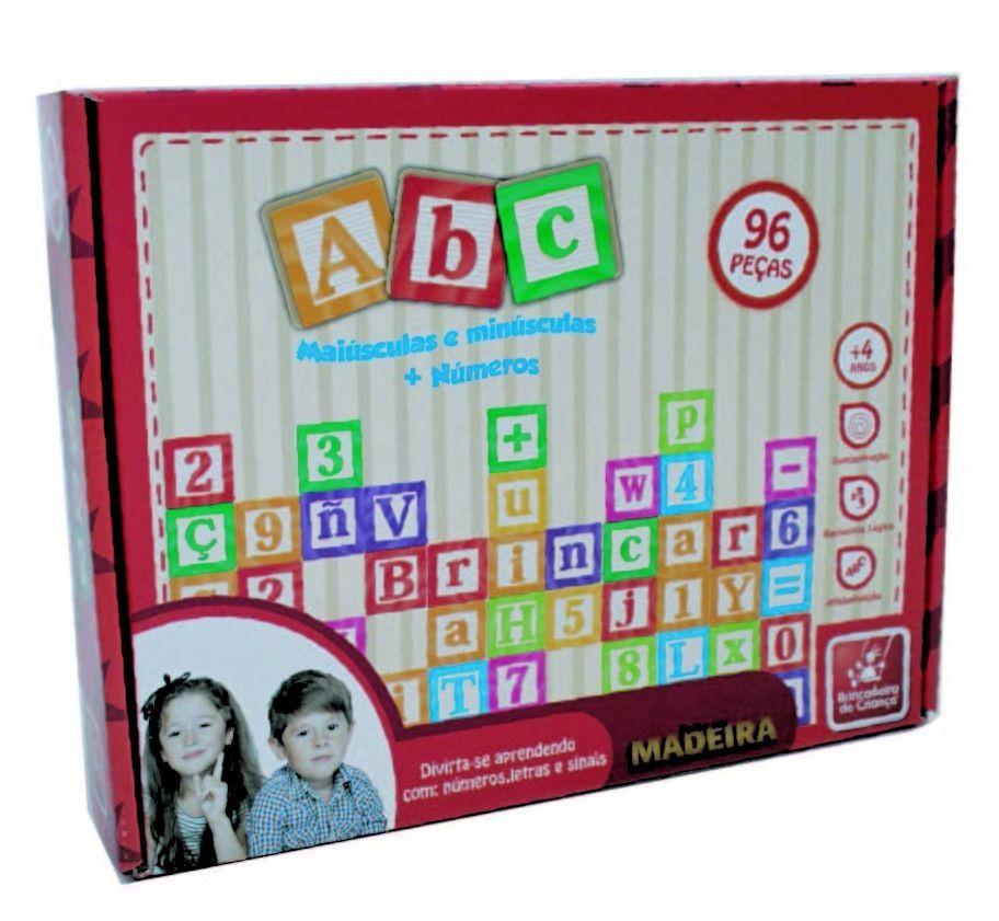 Brinquedo Educativo de Madeira ABC Maiúsculas, Minúsculas + Números e Sinais, 96 peças