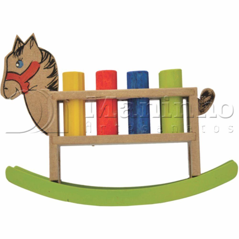 Brinquedo Educativo de Madeira Cavalinho de Balanço com Pinos