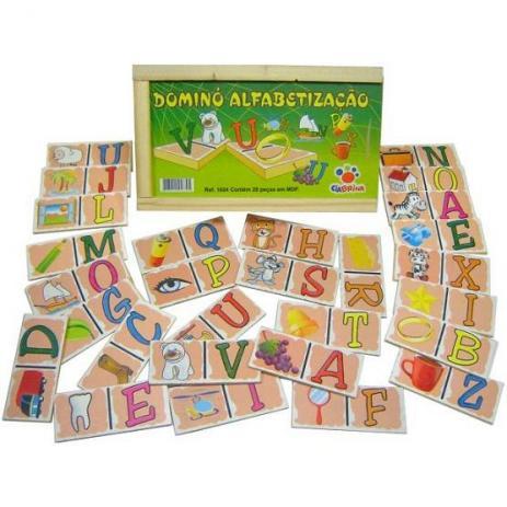 Brinquedo Educativo de Madeira Dominó Alfabetização
