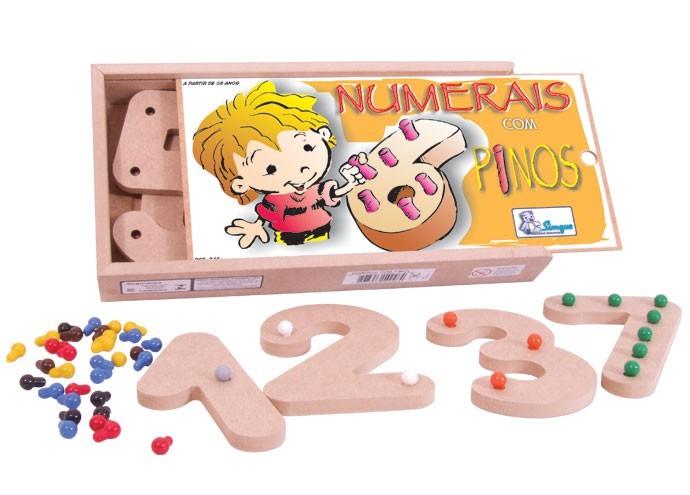 Brinquedo Educativo de Madeira Números com Pinos Coloridos