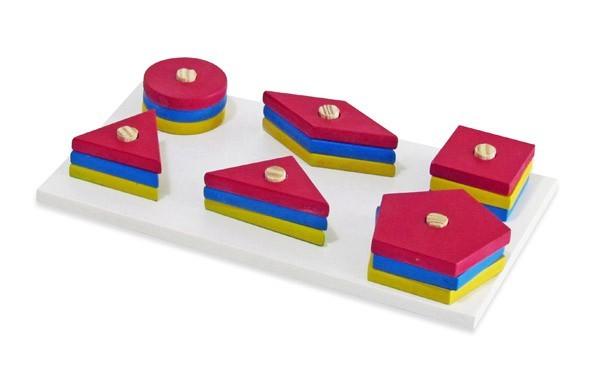 Brinquedo Educativo de Madeira Prancha com Formas Geométricas