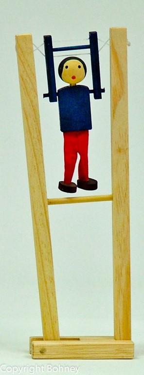 Brinquedo Educativo de Madeira Trapezista