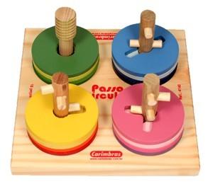 Brinquedo Educativo Passa Circulos