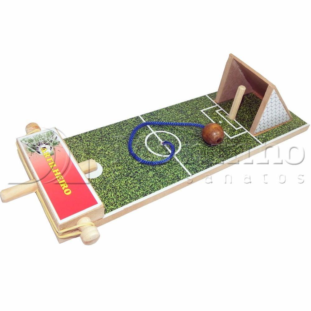 Brinquedo Tradicional de Madeira Artilheiro futebol
