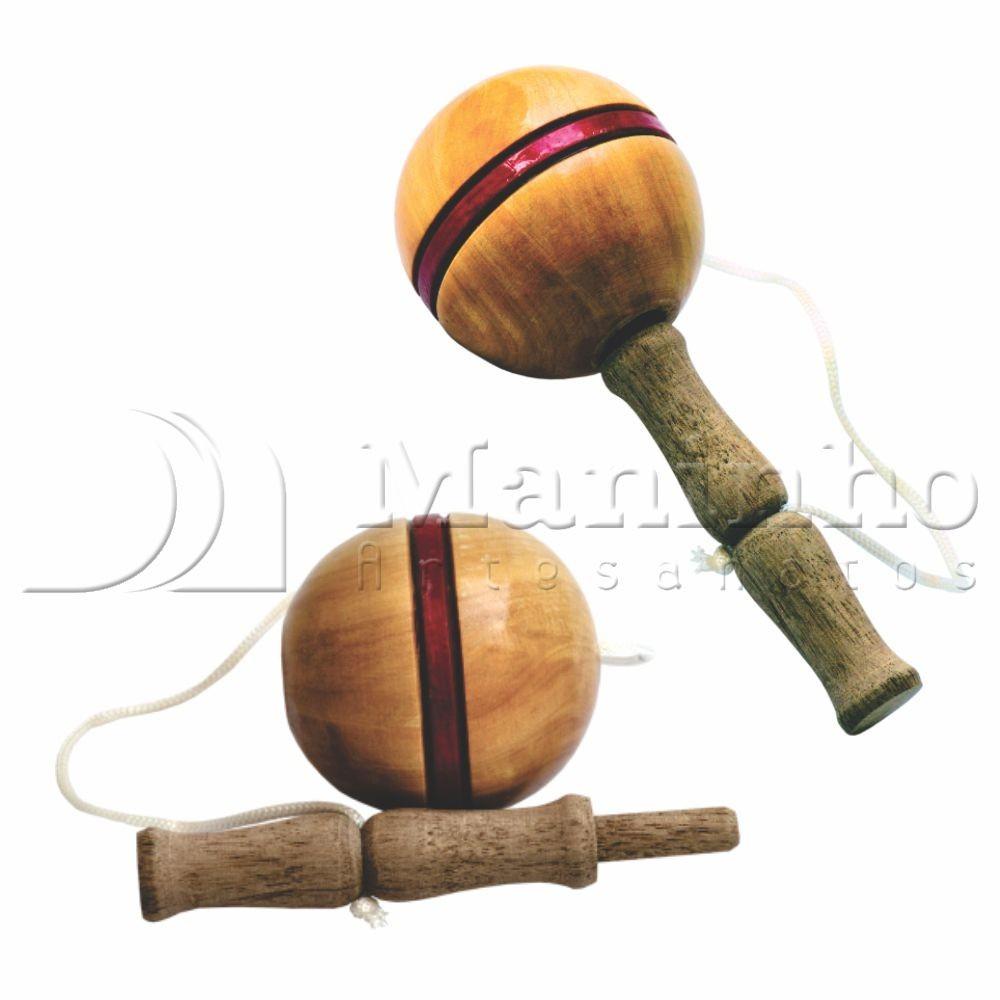 Brinquedo Tradicional de Madeira Biloque