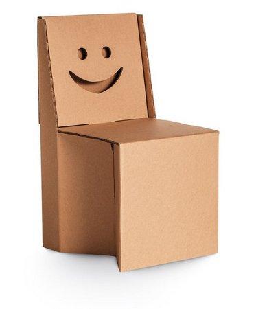 Cadeira Infantil Sorriso Brinquedo de Papelão