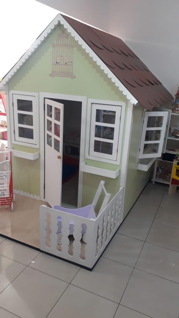 Casa de Madeira Infantil Grande