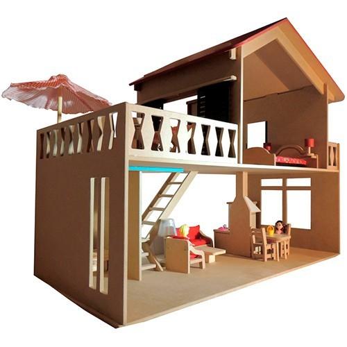 Casinha de Madeira Casa com Piscina com Móveis