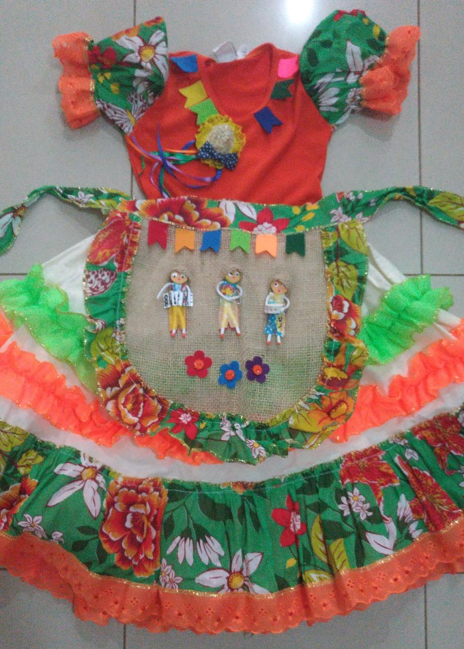 Fantasia Vestido Caipira para Festa Junina com Avental Tamanho M