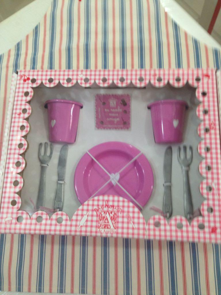 Kit panelinha  Malinha na Mesa em agate pratos, copos e talheres Cores Sortidas