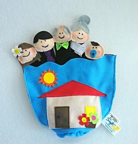 Luva com Dedoches Família Brinquedo Educativo