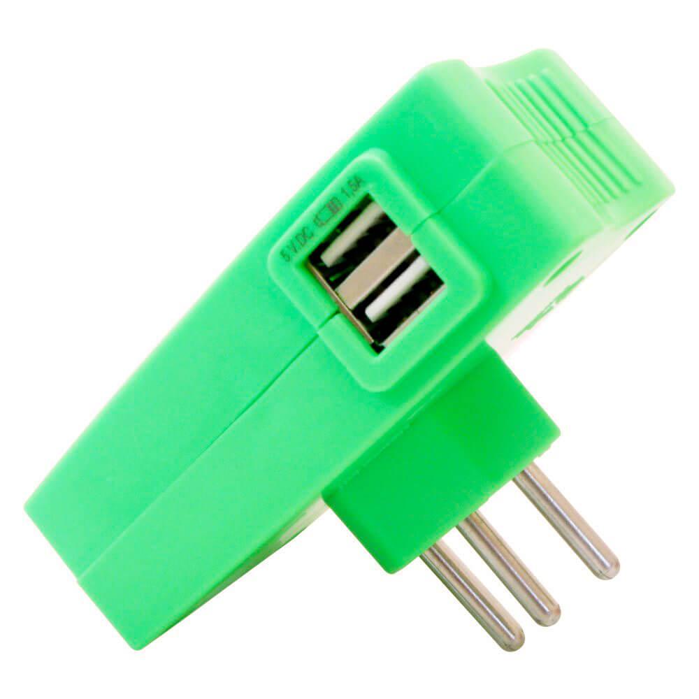 Carregador Multi com 2 entradas USB e 2 tomadas Daneva Verde