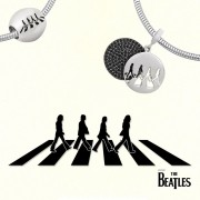 Berloque Beatles Pavé