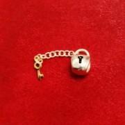 Berloque Cadeado com Chave Dourada
