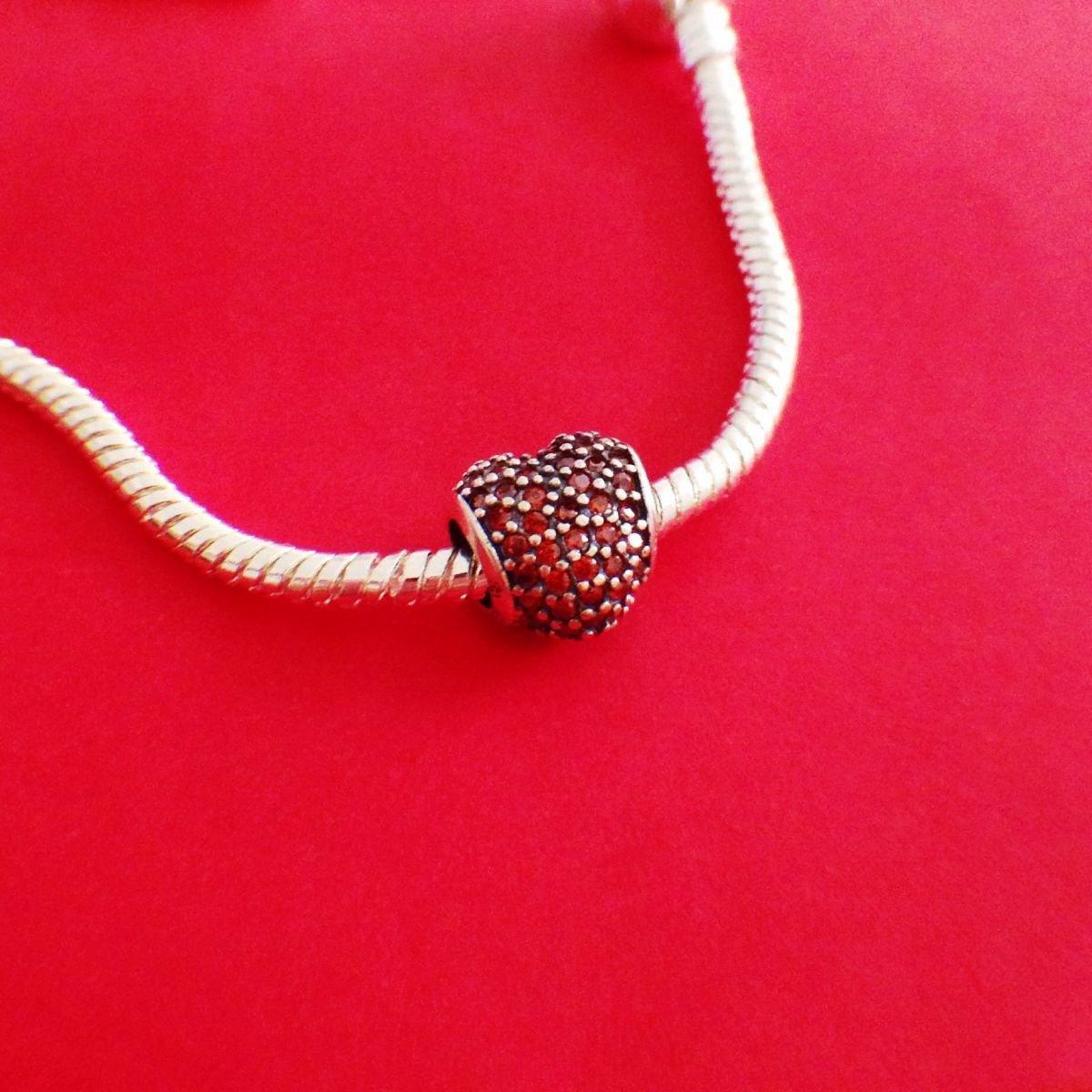 Berloque Coração Cravejado Vermelho