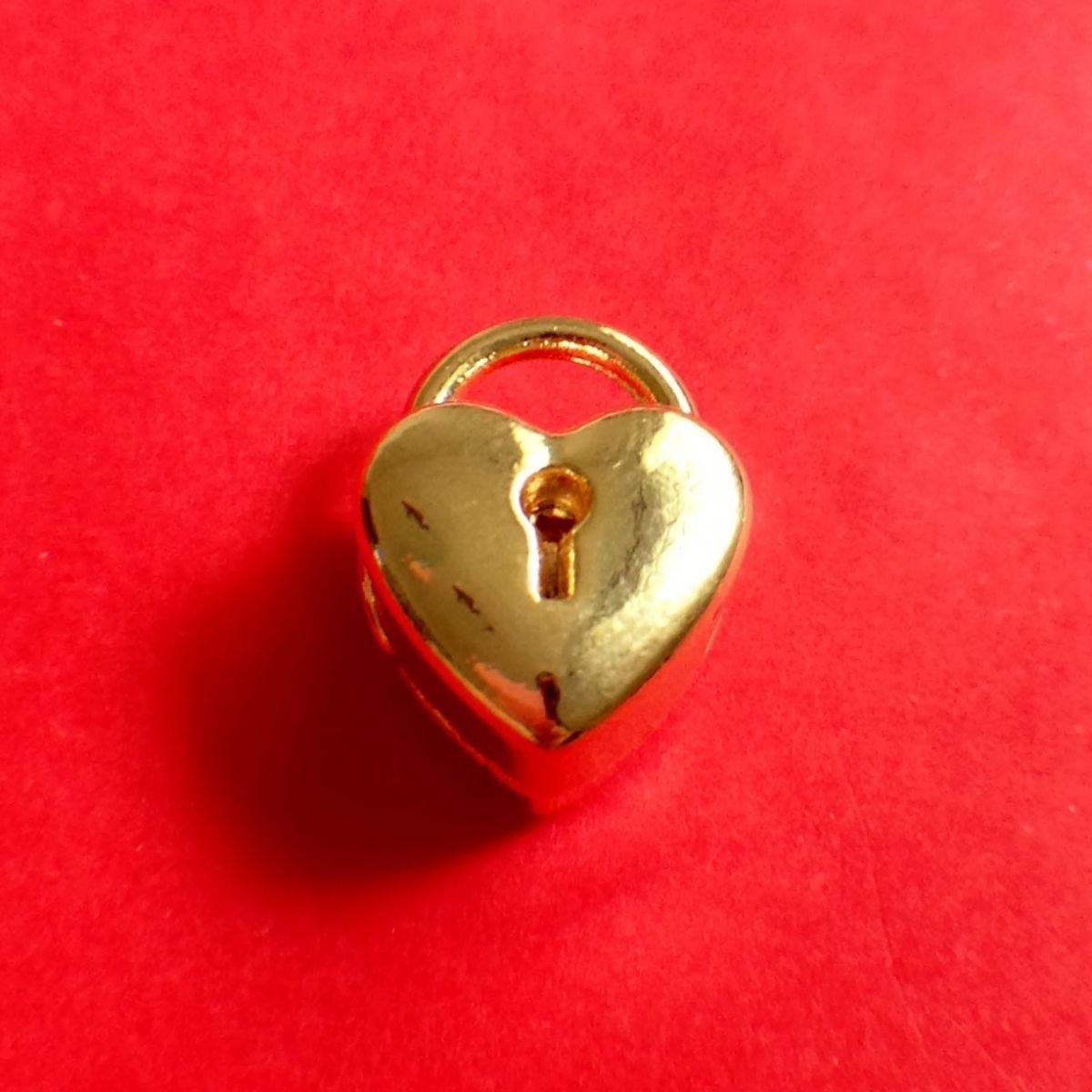 Berloque Coração Trancado