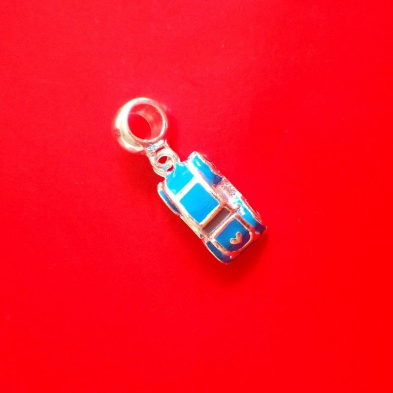 Berloque Fusca Azul