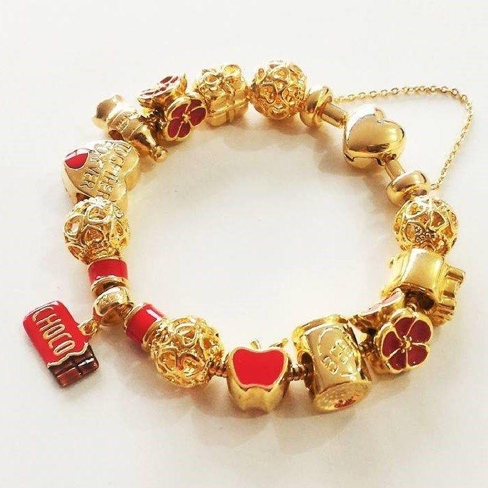 Berloque Maçã Dourada