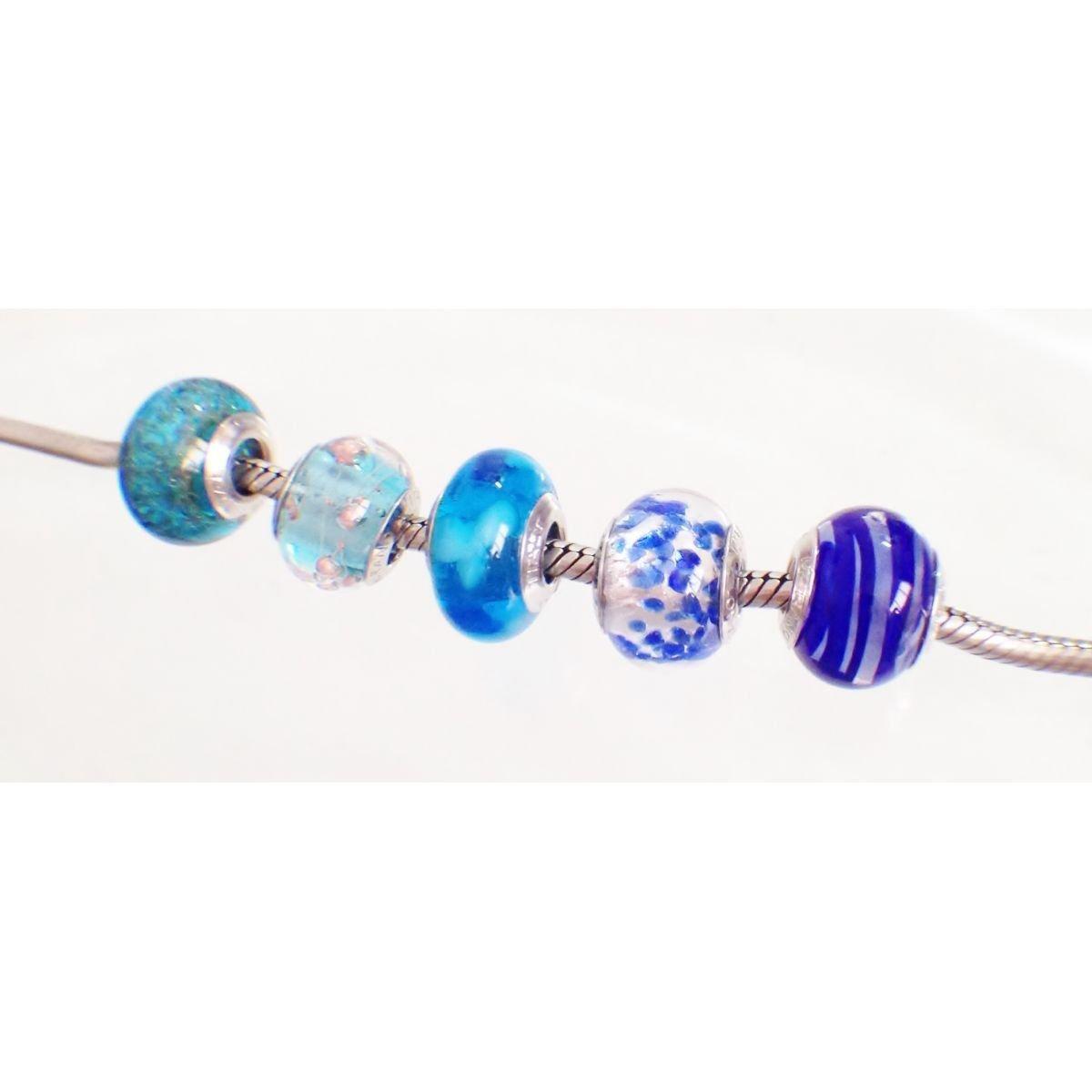 Berloque Murano Azul Pétalas Brancas