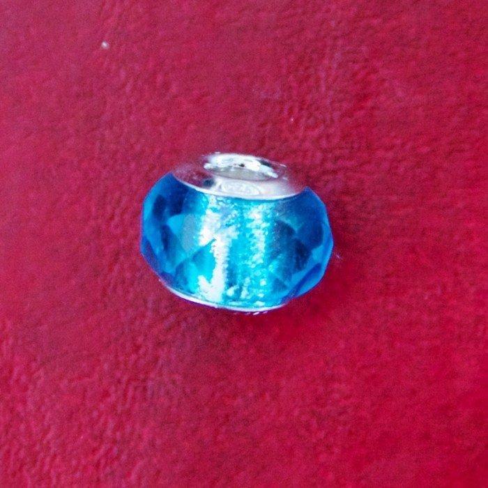 Berloque Murano Trabalhado Transparente Azul Claro