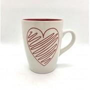 Caneca de porcelana 310ml amor branca com coração riscado vermelho - Cód KK2-1074B