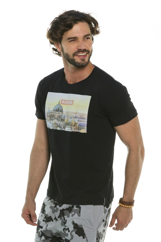 Camiseta Decote Redondo Berlin