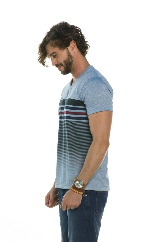 Camiseta Decote V Listras