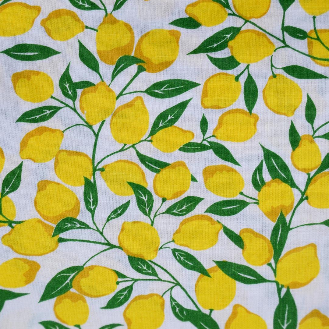 Tecido Tricoline Estampado Patchwork Essentials Limão 41016 Cor 01 Fernando Maluhy (0,48m x 1,40m)