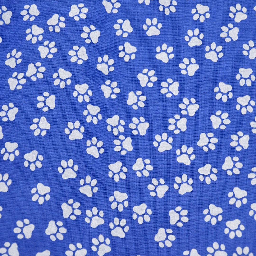 Tecido Tricoline Estampado Patchwork Essentials Patinhas 41022 Cor 01 Fernando Maluhy (0,48m x 1,40m)