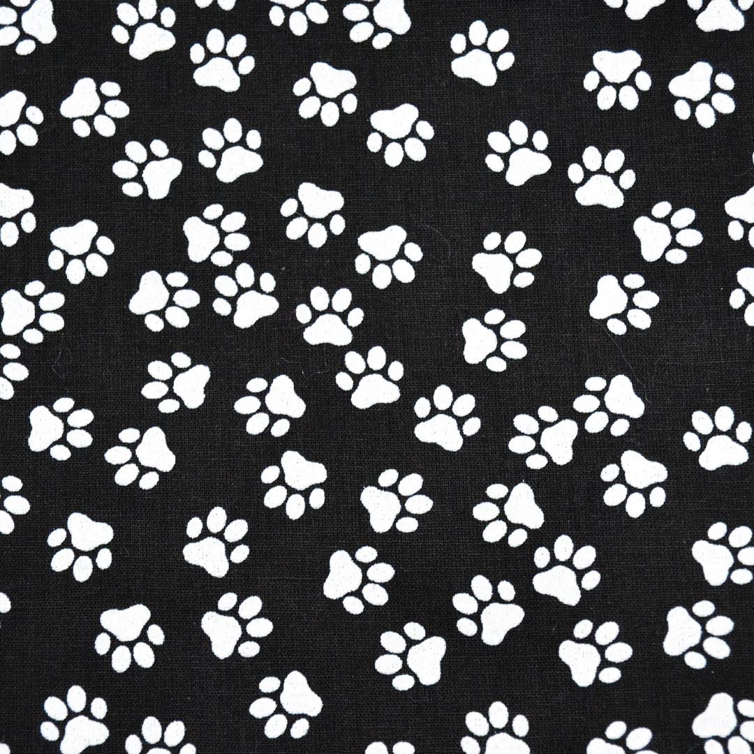 Tecido Tricoline Estampado Patchwork Essentials Patinhas 41022 Cor 03 Fernando Maluhy (0,48m x 1,40m)